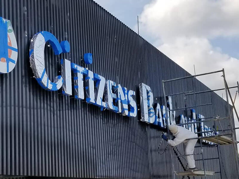 Painting Citizens Bank and Trust Sign
